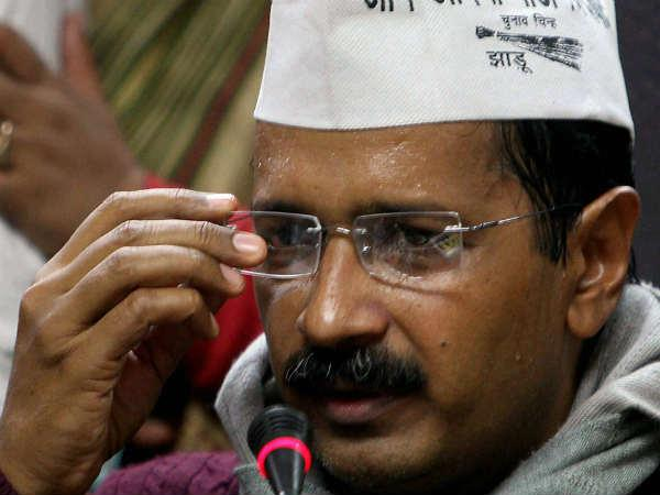 'Kejriwal and Co belive in Delhi durbar'