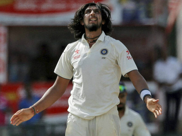 A charged up Ishant took 2 wickets