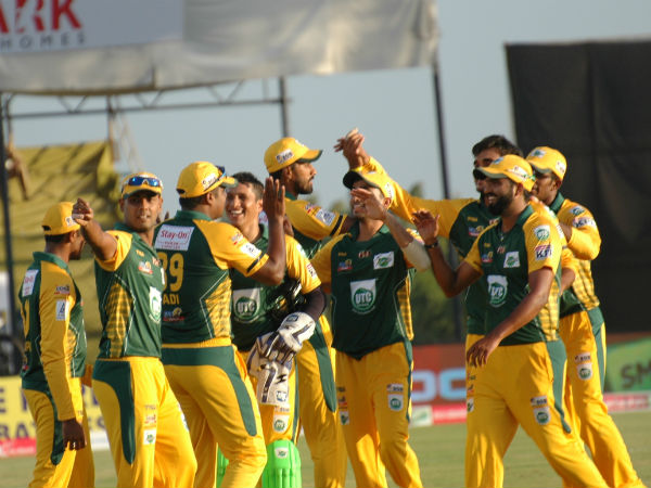 Namma Shivamogga players celebrate the dismissal of Manish Pandey (not in picture)