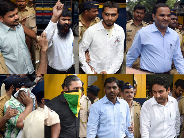 2006 Mumbai serial blasts accused being taken to the Sessions Court in Mumbai