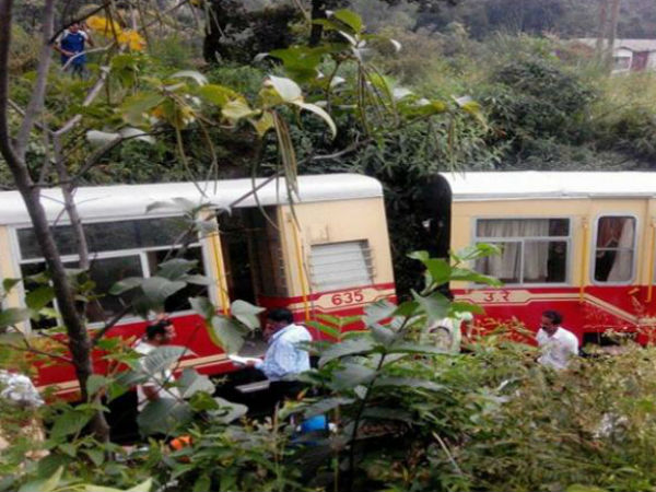 Kalka-Shimla toy train derails, 2 dead