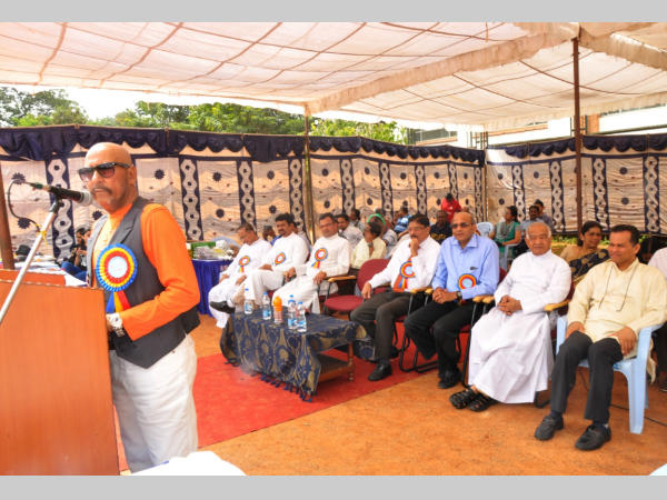 Syed Kirmani speaks after inaugurating the athletic meet