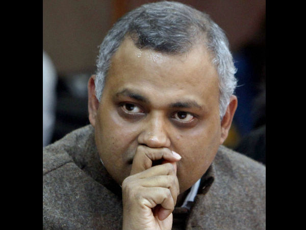 My wife being misused for political ends: Somnath Bharti.