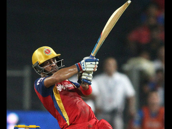 Mandeep Singh in action at IPL 2015, for RCB