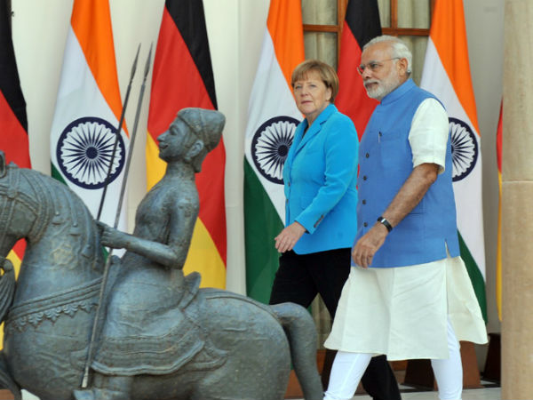 Angela Merkel arrives on 3-day India visit