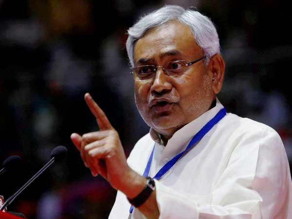 Nitish slams Modi over beef comment