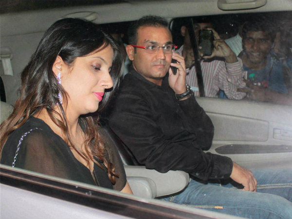 Sehwag with his wife Aarti