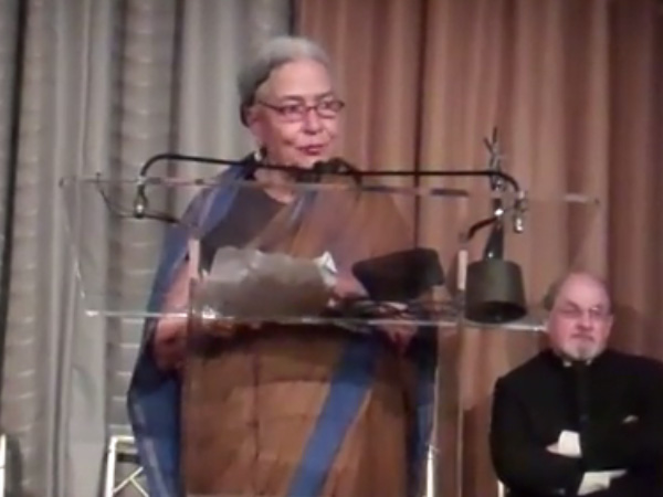 Anita Desai threatens to return award