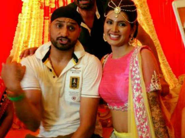 Harbhajan and Geeta all set to tie knots