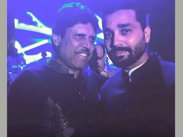 Kapil Dev and Murli Vijay at Bhajji's reception party
