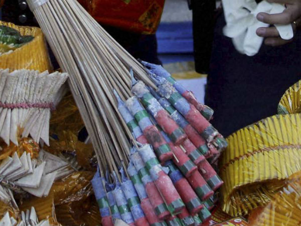 SC pours water on firecracker: highlights of the order