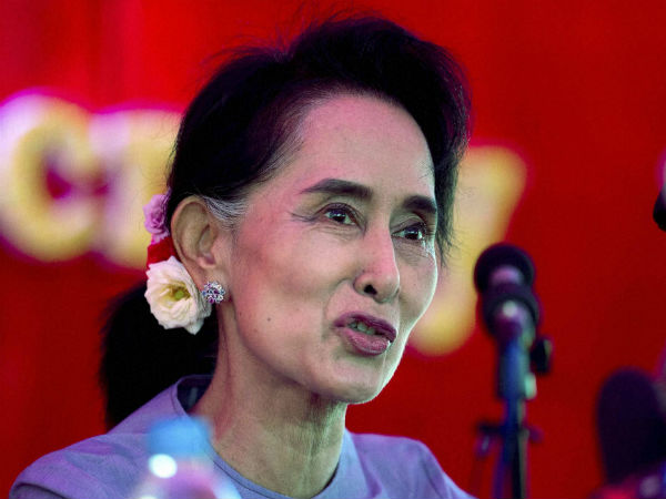 Myanmar Prez to hand power to Suu Kyi