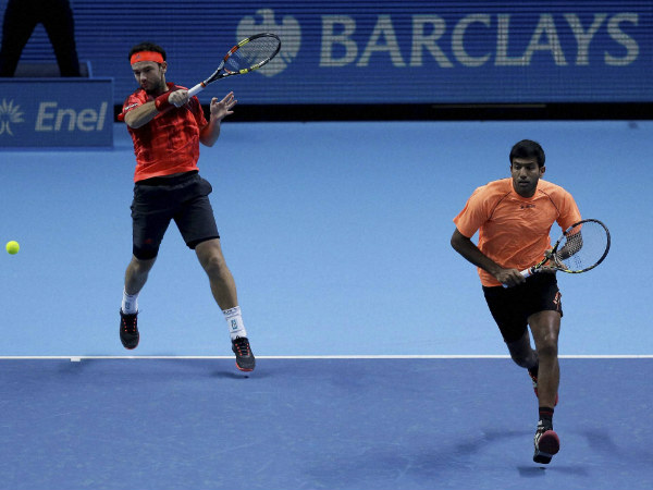 Rohan Bopanna (right) and Florin Mergea in action at the ATP World Tour Finals