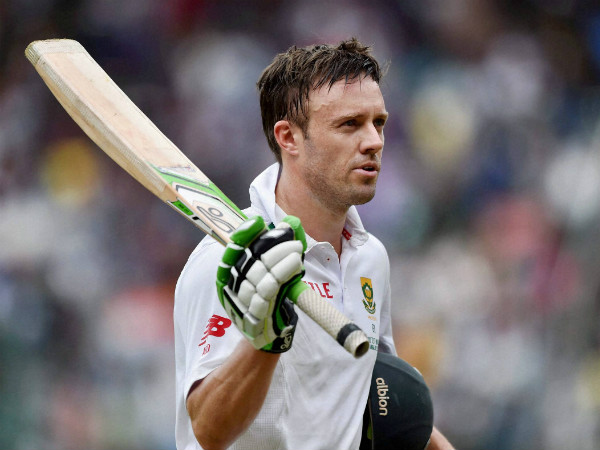 File photo: AB de Villiers returns to the pavilion after scoring 85 against India in his 100th Test in Bengaluru last week