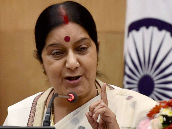 Sushma Swaraj helps German patient in Kolkata hospital