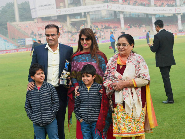 Sehwag with his wife, sons and mother