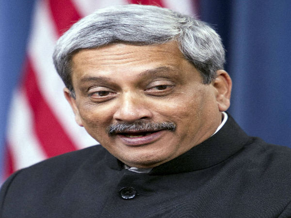 Parrikar in US evades question on Trump