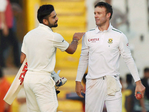 Kohli (left) and De Villiers during India-South Africa Test in Mohali recently