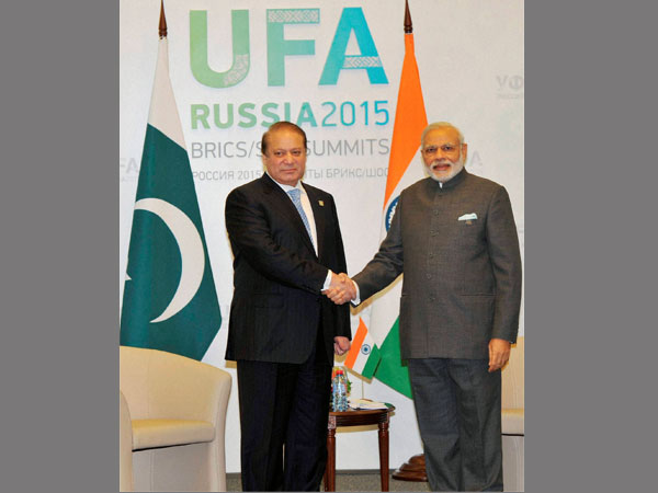 Modi, Nawaz likely to meet in Jan '16