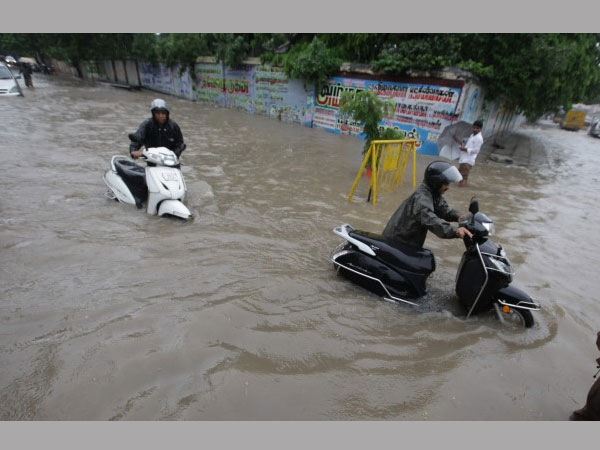 Chennai floods cause 50,000 job losses