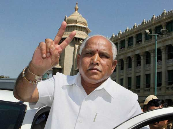 Breakfast at Dalit home: Yeddyurappa accuses Cong for insulting community