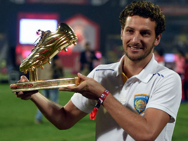 File photo: Elano Blumer poses to the media after receiving the Golden Boot award in ISL last year