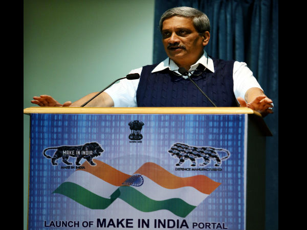Parrikar remembers soldiers on duty