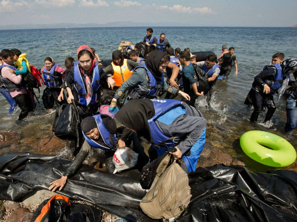 Over 1 million arrivals in Europe by sea