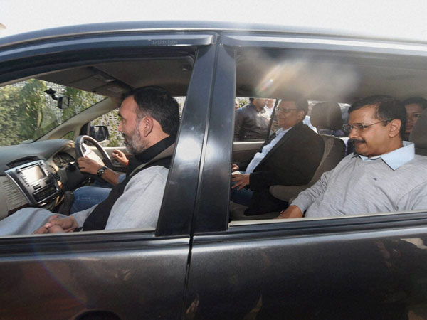 Delhi Chief Minister Arvind Kejriwal carpools Transport Minister Gopal Rai and Health Minister Satyendra Jain to Delhi Secretariat as the trial odd-even scheme comes into effect in New Delhi on Friday.
