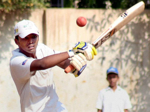 Pranav plays a shot on way to his world record 1009*