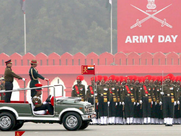 Chief of Army Staff reviews parade on the occasion of  Army Day
