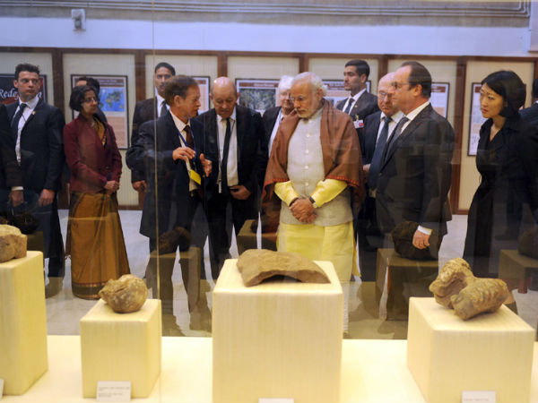 PM Modi, President Hollande visited Government Museum & Art Gallery in Chandigarh