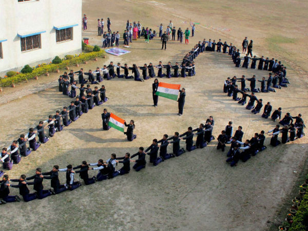 Kar: Patriotic fervour marks R-Day