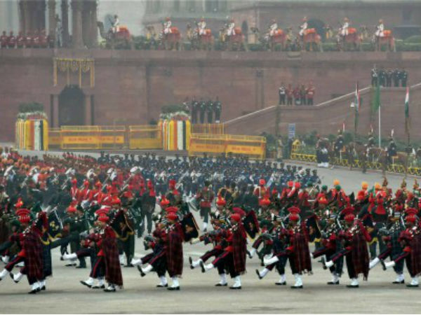 Tri-Services bands perform at Vijay Chowk
