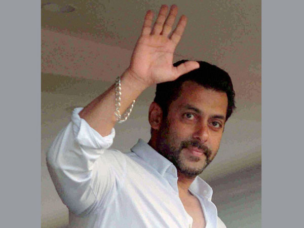 Hyd: Salman Khan's picture in voter slip
