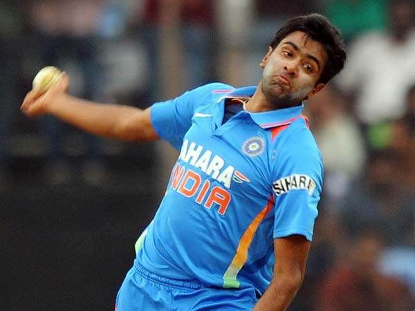 R Ashwin being stalked by a woman?