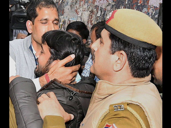'Multiple injury marks on Kanhaiya'