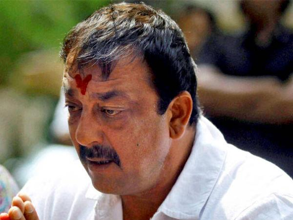 Sanjay Dutt walks free after 42 months