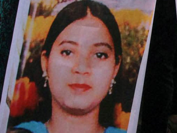 Ishrat acted as cover for 3 terrorists