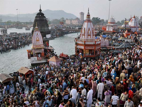 Penalty for urinating on Ganga ghats