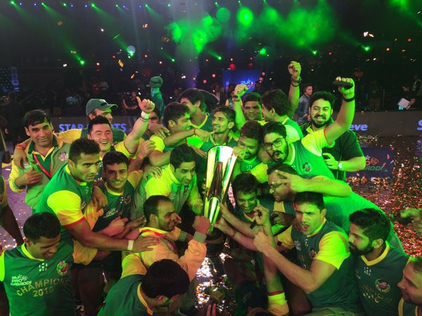 Patna Pirates celebrate after winning the 3rd season in March this year