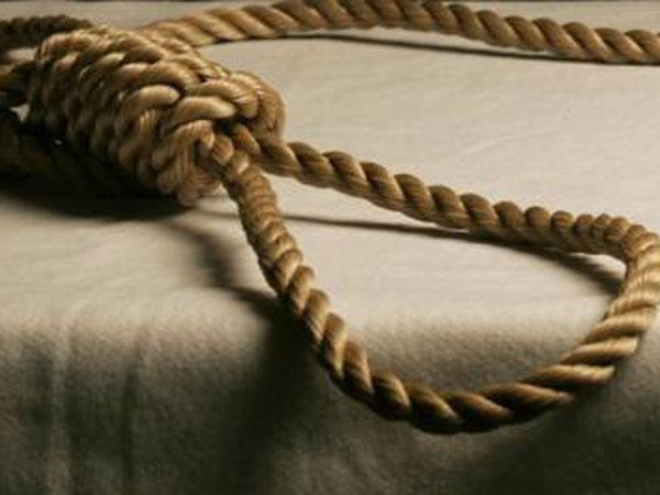 A 32-year-old farmer today allegedly committed suicide in UP