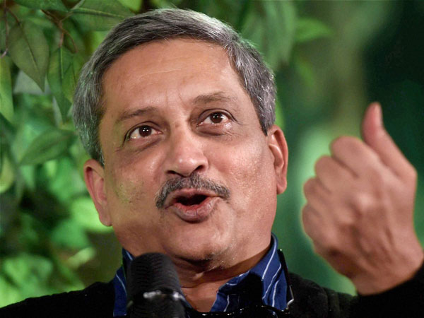 Manohar Parrikar lauds role of women