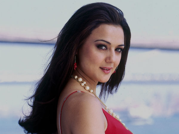 Preity Zinta acquitted in cheque bouncing case.