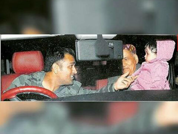 Baby Ziva with daddy Dhoni