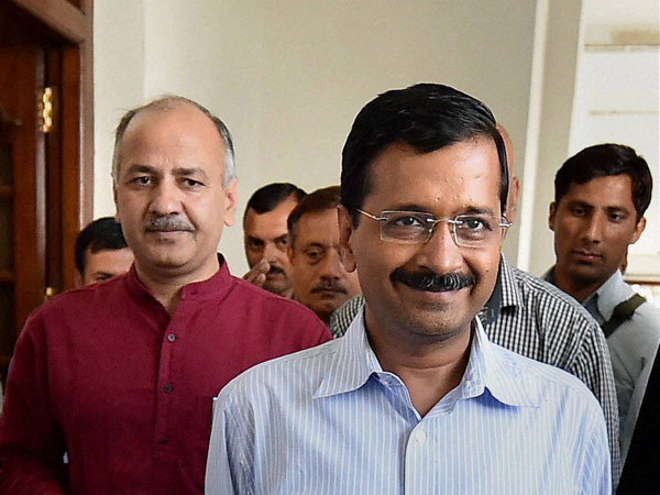 AAP dares SAD, Cong to hold early polls