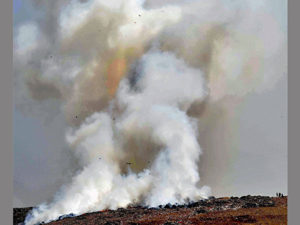 Deonar residents protest over fire
