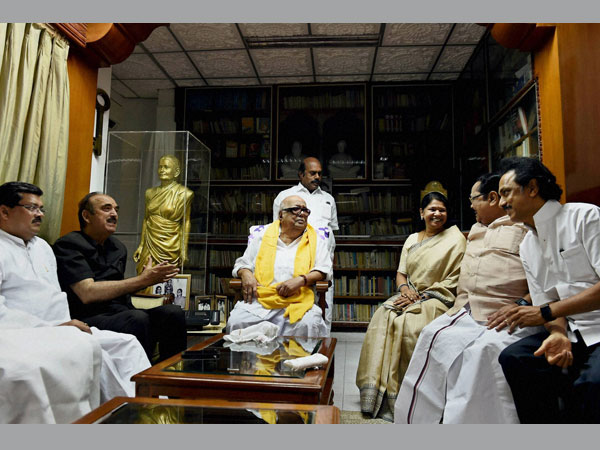 Congress leader Ghulam Nabi Azad meeting with DMK Chief M Karunanidhi at his residence in Chennai on Friday. DMK treasurer MK Stalin, Rajya Sabha MP Kanimozhi, TN Congress chief E V K S Elangovan and others are also seen.