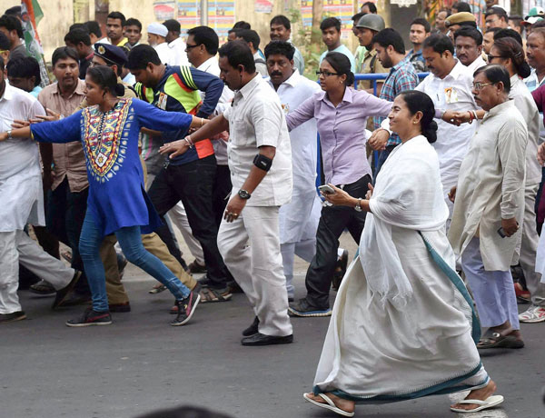 mamata banerjee in a rally