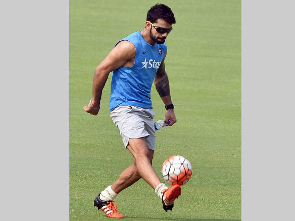 A bit of football for Virat Kohli before the World T20